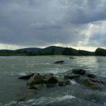 Ostrohy na Dunaji pod Devínom majú pôvod  v 19. storočí. Ich cieľ bol spomaliť rýchlu vodu v zregulovanom toku.